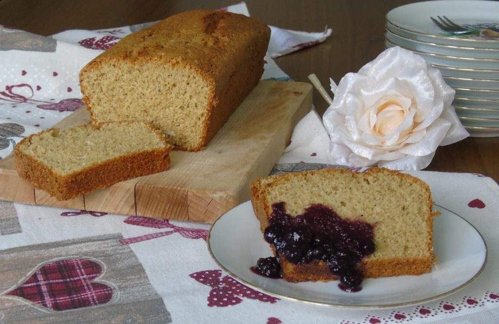 Plum-cake con farina di tipo 2 e yogurt